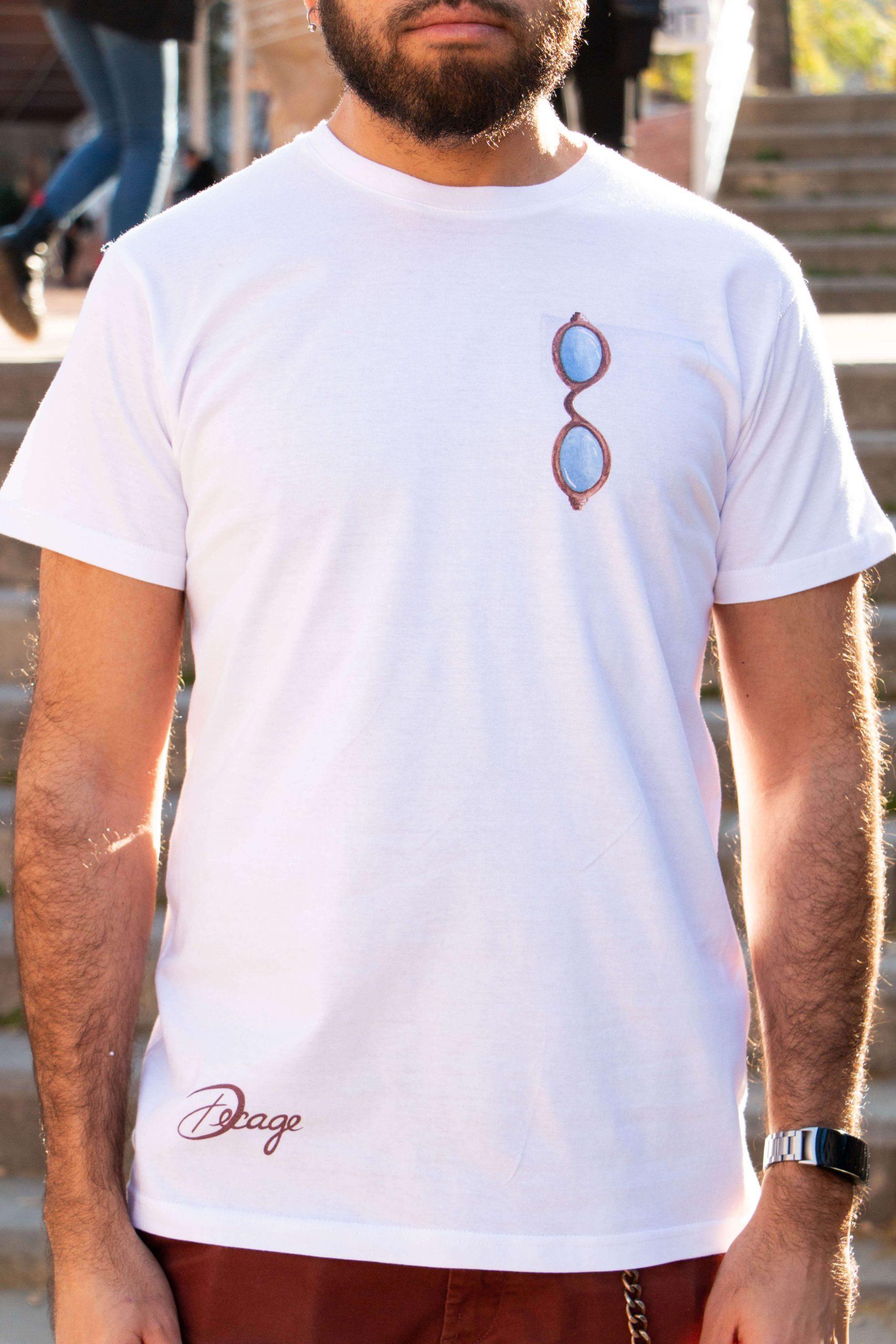 camiseta blanca decage lets see